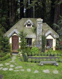 Ireland. Why do we not have cottages like these in the states?!