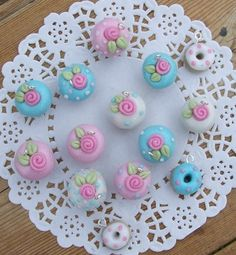 Fimo cupcakes in pastel colors