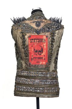 Destructo Vest by dustandbeau on Etsy Punk Jackets, Battle Jacket, Anti Fashion, Punk Outfits, Distressed Leather, Cosplay Girls, Rock And Roll, Trending Outfits, Vintage