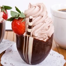 Chocolate-Strawberry Mousse