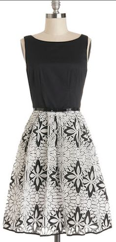love this dress http://rstyle.me/n/hdgtvr9te