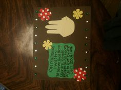Girl will learn the Girl Scout promise and earn the center of their daisy badge! This is the template I made for the girls