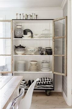 Anna Truelsen interior stylist: cabinet made with old windows Muebles Living, Old Windows, Interior Decorating, Interior Design, Interior Stylist, Kitchen Cupboards, Home Furniture, New Homes, Anna