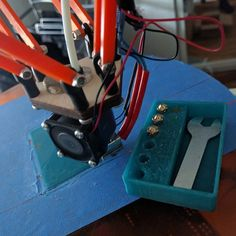 Something we liked from Instagram! #3dprinting a second Iteration of the #customizable #YANOBOX #reprap #3dprinter #deltaprintr #rapidprototyping #thingiverse #nozzlebox by m_atschi check us out: http://bit.ly/1KyLetq