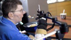 News: Gelähmter bewegt Hand dank Neuroprothese - http://ift.tt/2nj8JwK #story