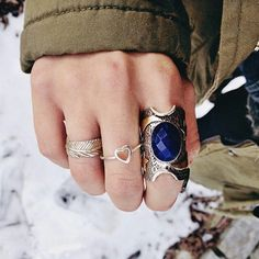 those are some gorgeous vintage and girly rings Other Accessories, Jewelry Accessories, Women Jewelry, Luanna Perez, Boho Rings, Jewelry Box, Jewellery, Jewelry Ideas, Statement Rings