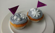 Favours & Place Settings. Make your cupcakes do a double duty