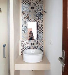 progetto di un mini bagno tra resina e cementine - A Casa di Ro ...