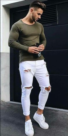 Here are some white jeans outfits for men and how to style them White jeans outfit men Stylish Mens Outfits, Hipster Outfits, Mode Outfits, Casual Outfits, Men Casual, Casual Styles, Trendy Mens Fashion, Trendy Style, Suit Fashion