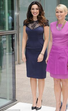 Effortless elegance: Kelly Brook opts for understated glam as she shows off her impressive curves in a midnight blue lace-detail pencil dress Kelly Brook Style, Kelly Brook Hot, Glamour, Tight Dresses, Celebrity Style, Street Style, Street Fashion, Women's Fashion, Dress Fashion