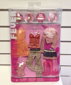 Barbie Fashion Fever 3 Interchangeable Outfits Pants Dress Skirt Tops Shoes NRFB