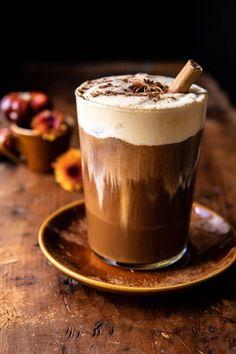 Vanilla Chai Pumpkin Cream Cold Brew | halfbakedhavrest.com Coffee Recipes, Pumpkin Recipes, Fall Recipes, Pumpkin Dishes, Starbucks Recipes, Yummy Drinks, Yummy Food, Vanilla Chai, Half Baked Harvest