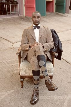KNICKERS- honestly not even sure I like this or where I would ever wear this. But it just looks cool Modern Gentleman, Gentleman Style, Modern Man, Looks Cool, Men Looks, Tweed Run, Afro, Preppy Style, Men's Style