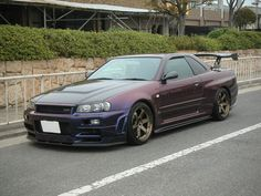 Nissan Skyline Midnight Purple III