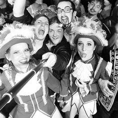 ... but first let me take a selfie  #selfie #selfietime #funday #karneval #crazypeople #kiss #backstreetboys #garde #geho #dance #finale #girls #boys #goingcrazy #tonight #selfiestick #lovely #abspasten #männerballett #leidergeil  #isschonwiederfassenacht
