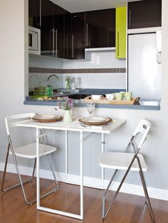 17 Kitchen serving hatch ideas - Little Piece Of Me Family Kitchen, New Kitchen, Kitchen Dining, Kitchen Decor, Serving Hatch Ideas, Kitchen Columns, Semi Open Kitchen, Living Pequeños, Dining Area
