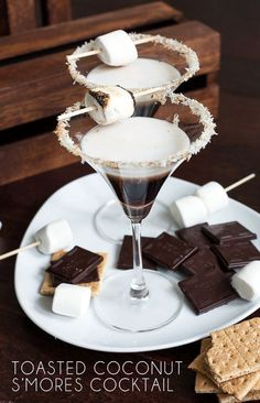 Toasted Coconut S'mores Cocktail #LoveMySilk #cocktail #smores