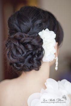 elegant bridal hair do