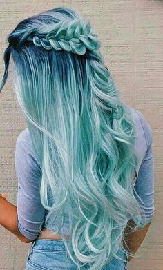 Beautiful hair color by sarahx Cute Hair Colors, Pretty Hair Color, Beautiful Hair Color, Hair Dye Colors, Ombre Hair Color, Wild Hair Colors, Ombre Green, Pretty Hairstyles, Braided Hairstyles
