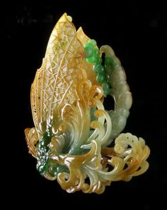 Butterflies - the art of Wang Junyi Crystals And Gemstones, Stones And Crystals, Chinoiserie, Imperial Jade, Lapis Lazuli, Jade Dragon, Art Carved, Jade Jewelry, Jade Stone