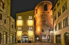 Hotel Brunelleschi - Firenze Luxury Travel, Vacations, Rook, Cards, Florence, Christmas, Holidays, Vacation, Traveling
