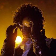Your Daily Prince: Backlighting anyone?