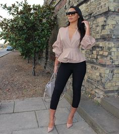 1 Of The Most Savvy Ruffle Sleeve Tops