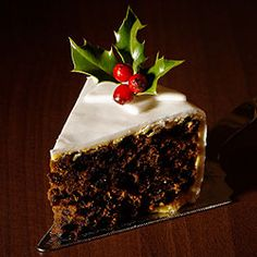 54 Best Ideas For Fruit Cake Ideas Mary Berry Mary Berry Fruit Cake, Mary Berry Christmas Cake, Berry Cake, Berry Cupcakes, Irish Christmas, Dark Christmas, Xmas Food, Christmas Cooking, Christmas Desserts