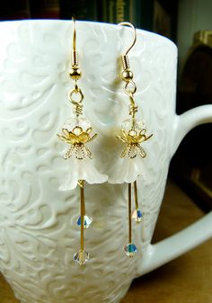 White Flower Earrings Lucite Flowers White by susansbeadhappy, $18.00