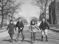 50's kids skating