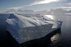 Diving the Antarctic: Iceberg