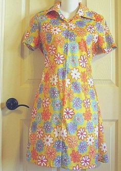 1960s style Flower Child Hippie Dress Polyester 1970s Free Love Ladies M Costume #CoolWear #Dress #Casual