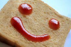 Kulinaria: Pyszny i zdrowy ketchup paleo - http://kobieta.guru/pyszny-zdrowy-ketchup-paleo/ - Jesteś fanką ketchupu i dodajesz go do wszystkiego?   Z naszym przepisem możesz sama przygotować zdrowy sos pomidorowy, który nie wymaga dodatku nawet grama cukru!  Ketchup to popularny pomidorowy sos podawany na zimno, o gamie smaków od łagodnego do ostrego. Jest idealny do kanapek, frytek czy pizzy, a może nawet stanowić