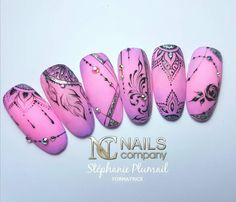 - Hair Beauty World Abstract Nail Art, Geometric Nail Art, Nail Art Modele, Nail Art Arabesque, Monogram Nails, Jolie Nail Art, Mandala Nails, Nails Only, Manicure E Pedicure
