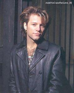 Jon Bon Jovi 1992. @jbjwildflower | Tumblr