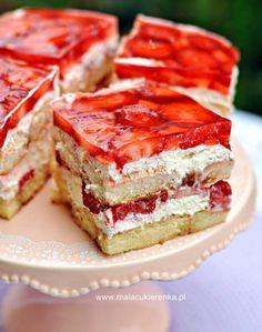 Ciasto z truskawkami na biszkoptach Polish Desserts, Jello Desserts, Jello Recipes, Polish Recipes, Cookie Desserts, No Bake Desserts, Cake Recipes, Polish Food, Mini Cheesecakes