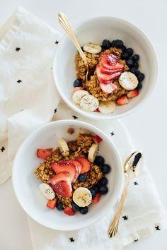 88 clean eating healthy sweet snacks under 100 calories - Clean Eating Snacks Healthy Sweet Snacks, Healthy Breakfast Recipes, Healthy Recipes, Healthy Breakfasts, Healthy Meals, Healthy Food, Eating Fast, Clean Eating Snacks, Snacks Under 100 Calories