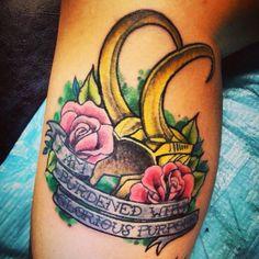If Loki stays dead this would look great with a rusty/broken helmet Loki Tattoo, Avengers Tattoo, Marvel Tattoos, Big Tattoo, Future Tattoos, New Tattoos, Body Art Tattoos, Cool Tattoos, Loki Art