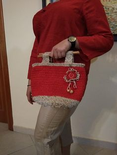 Unique handmade crocheted bag boho style casual with wooden handles and beads and decorative flower Crochet Flower Patterns, Crochet Flowers, Ethnic Fashion, Boho Fashion, Crochet Shell Stitch, Casual Bags, Yarn Colors, Wooden Handles, Beautiful Crochet