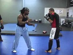 THROW YOUR JAB WITH YOUR HIP Flick the Hip out - YouTube