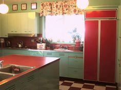Turquoise & red retro kitchen.