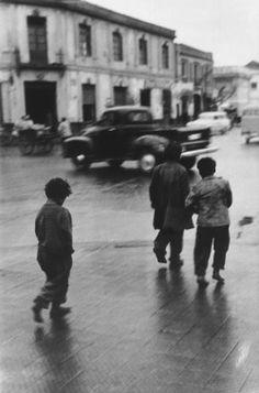 """"""" Sergio Larrain  Chile, Santiago. Vagabond children. 1957  """""""