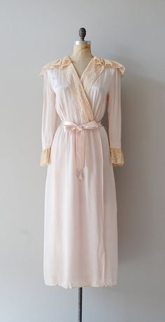 1940s robe / silk 40s lingerie / vintage lace robe...I collect vintage lingerie and I would love to have this...*LOVE*