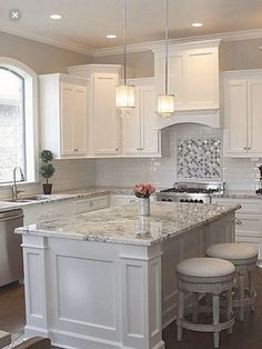 Supreme Kitchen Remodeling Choosing Your New Kitchen Countertops Ideas. Mind Blowing Kitchen Remodeling Choosing Your New Kitchen Countertops Ideas. Kitchen Cabinet Design, Kitchen Renovation, Home Decor Kitchen, White Kitchen Design, Kitchen Remodel, Modern Kitchen, Home Kitchens, Minimalist Kitchen, Home Remodeling