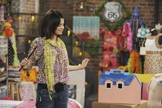 Selena Gomez co-stars as Alex Russo on the Disney Channel Series, Wizards of Waverly Place. Wizards Of Waverly Place, Alex Russo, Selena Gomez Photos, Marie Gomez, Disney Channel, Tv Shows, Actresses, Outfits, Women
