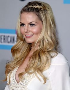 Great Everything. Jennifer Morrison looked gorgeous and boho chic last night at the AMA's