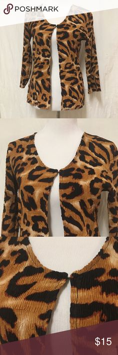 Alberto Makali M Jacket Animal Print Crinkle Alberto Makali Jacket One Hook Eye Closure at Neckline Size L Fabric 100% Polyester  Please note this Jacket is most likely a part of a top worn underneath which I don't have  Length 25 Inches  Bust 46 Inches  Waist 47 Inches  Hips 47 Inches Alberto Makali Tops