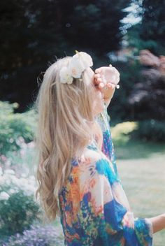 flower in hair ♥
