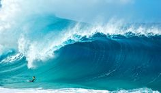 Clark goes big by going under. Photo: Gregg Miller  There is an amazing video on this page of Hawaii Shorebreaks!