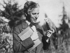 "chaplin-images-videos: "" Charlie Chaplin """
